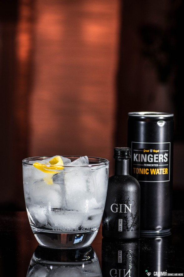 Black Gin & Kingers Tonic